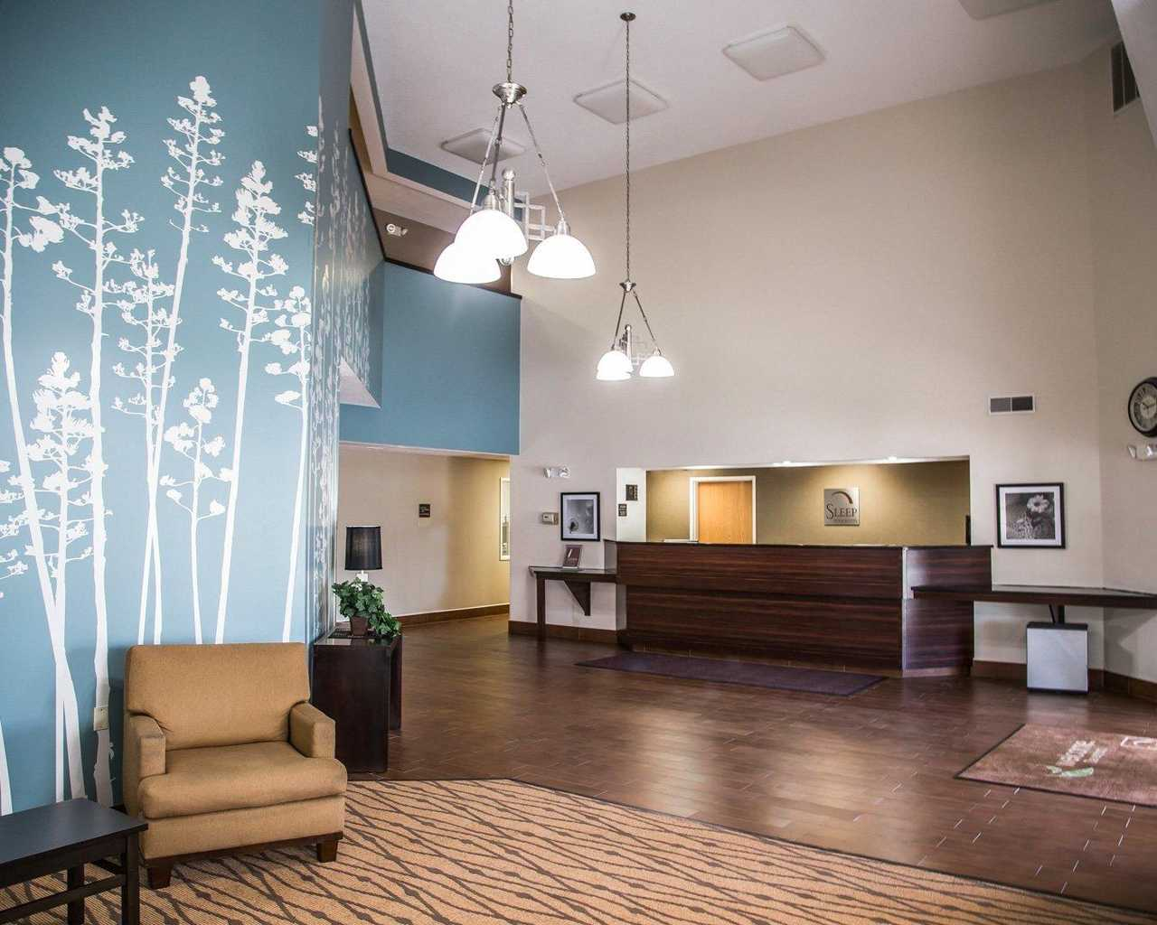 Sleep Inn & Suites Davenport - Lobby