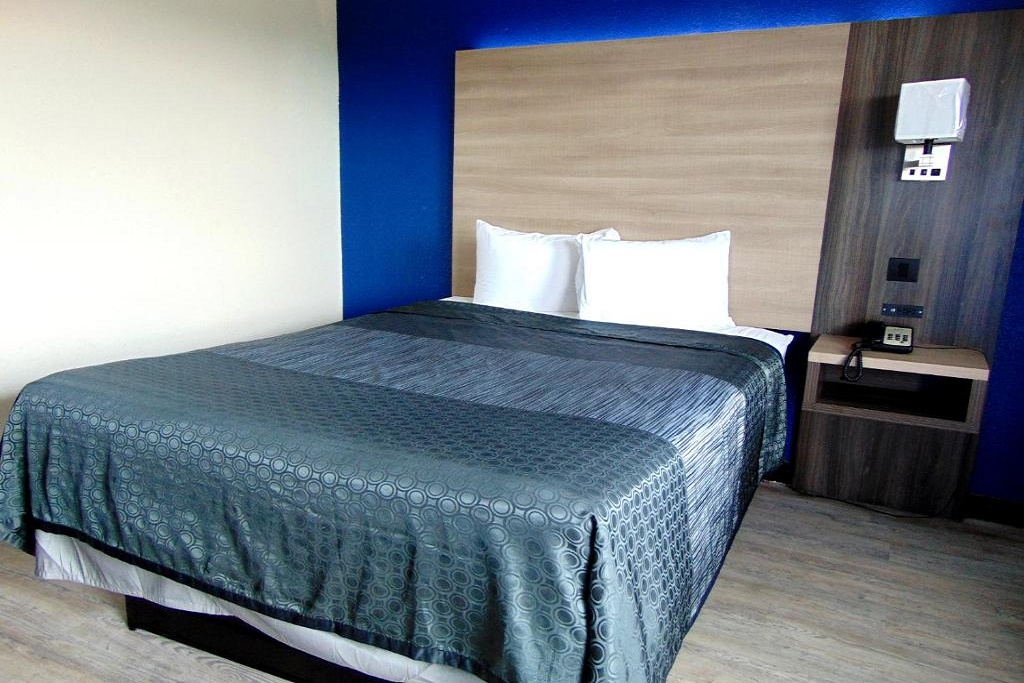 Somatel Nashville Airport - Single Bed Room