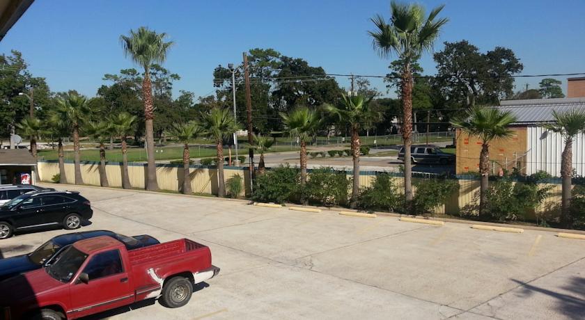 Southmore Boulevard Motel - Exterior-2