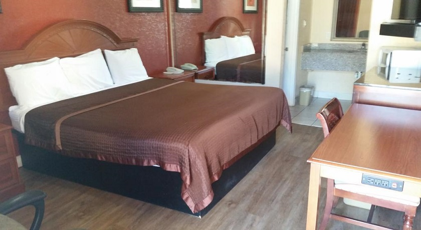 Southmore Boulevard Motel - Single Bed