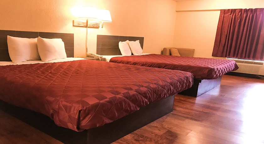 Super Value Inn Hotel - Double Beds