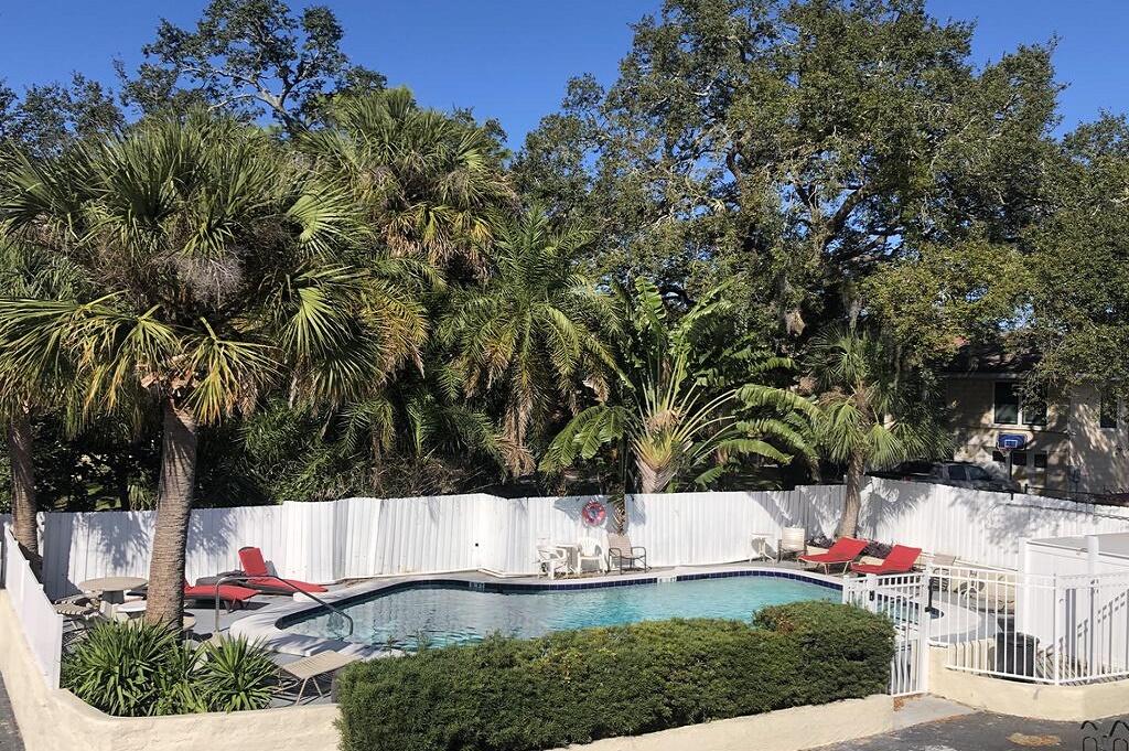 Tarpon Inn - Outdoor Pool