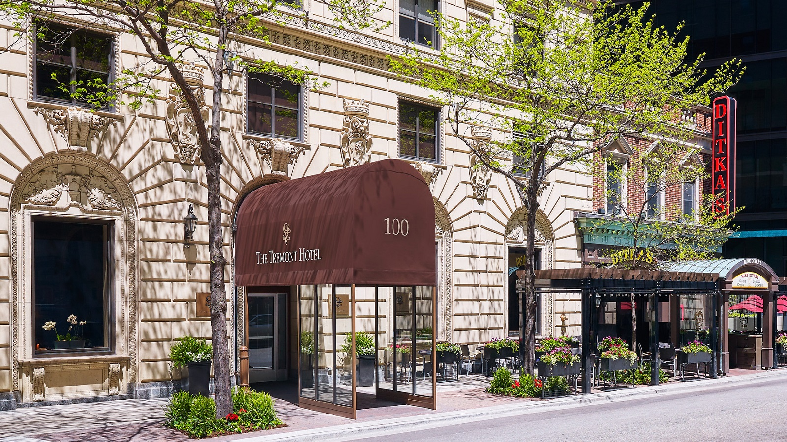 Tremont Chicago Hotel - Exterior-2