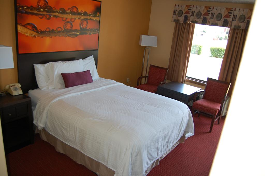 Vacation Lodge Pigeon Forge - Single Bed
