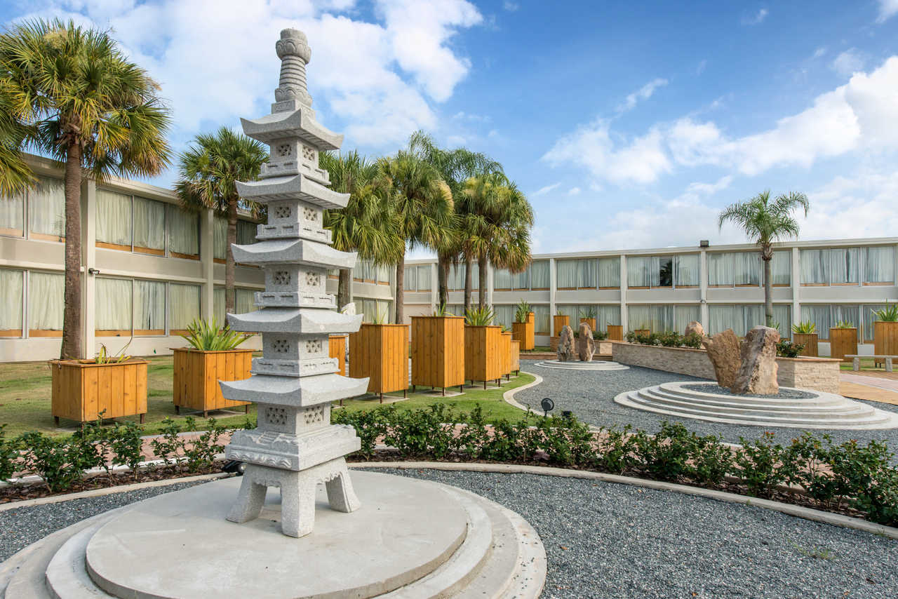 West Wing Boutique Hotel - Ascend Hotel Collection - Exterior-3