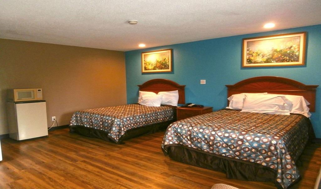 Americas Best Value Inn Savannah - 2 Double Beds Room
