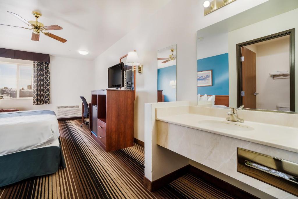 Americas Best Value Inn Green River - Single Bed Room-6