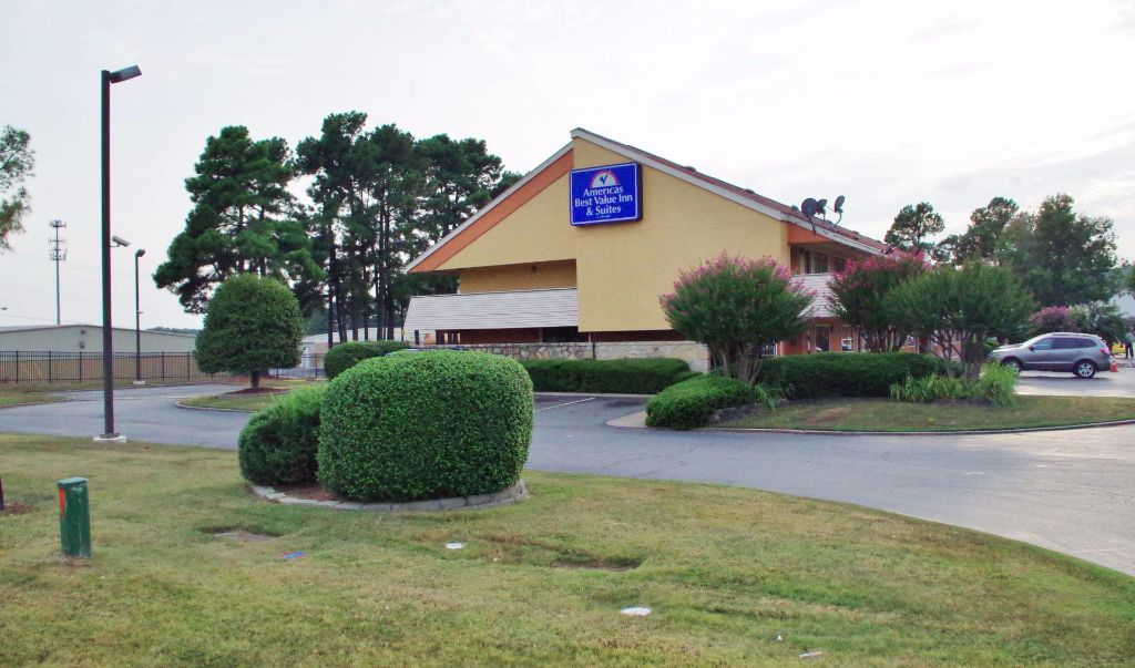 Americas Best Value Inn Little Rock- Exterior3