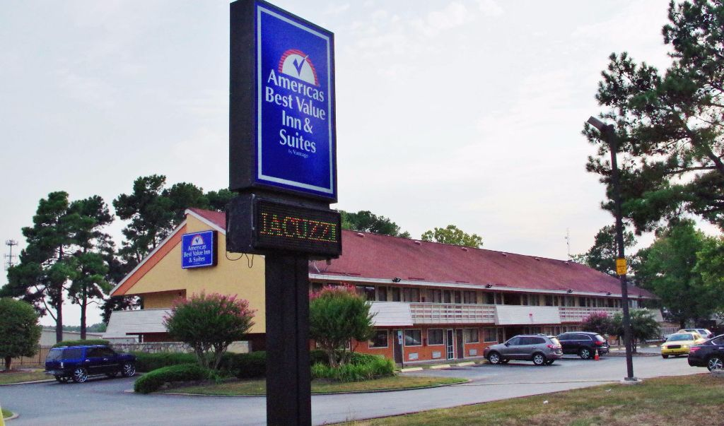Americas Best Value Inn Little Rock- Entrance