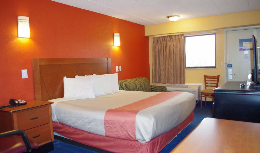 Americas Best Value Inn Little Rock- Single Bed Room 1