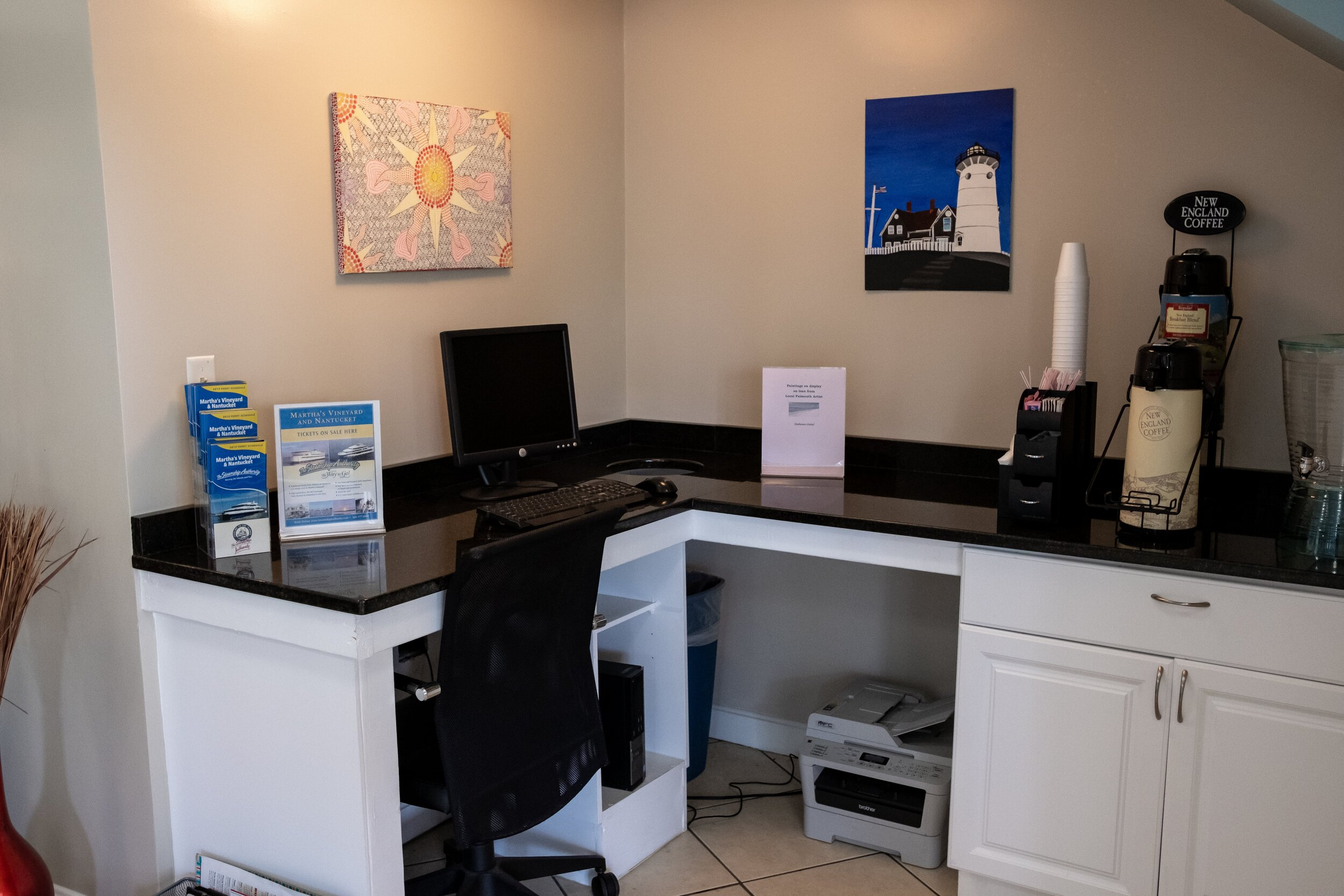 Admiralty Inn & Suites - Business Centre