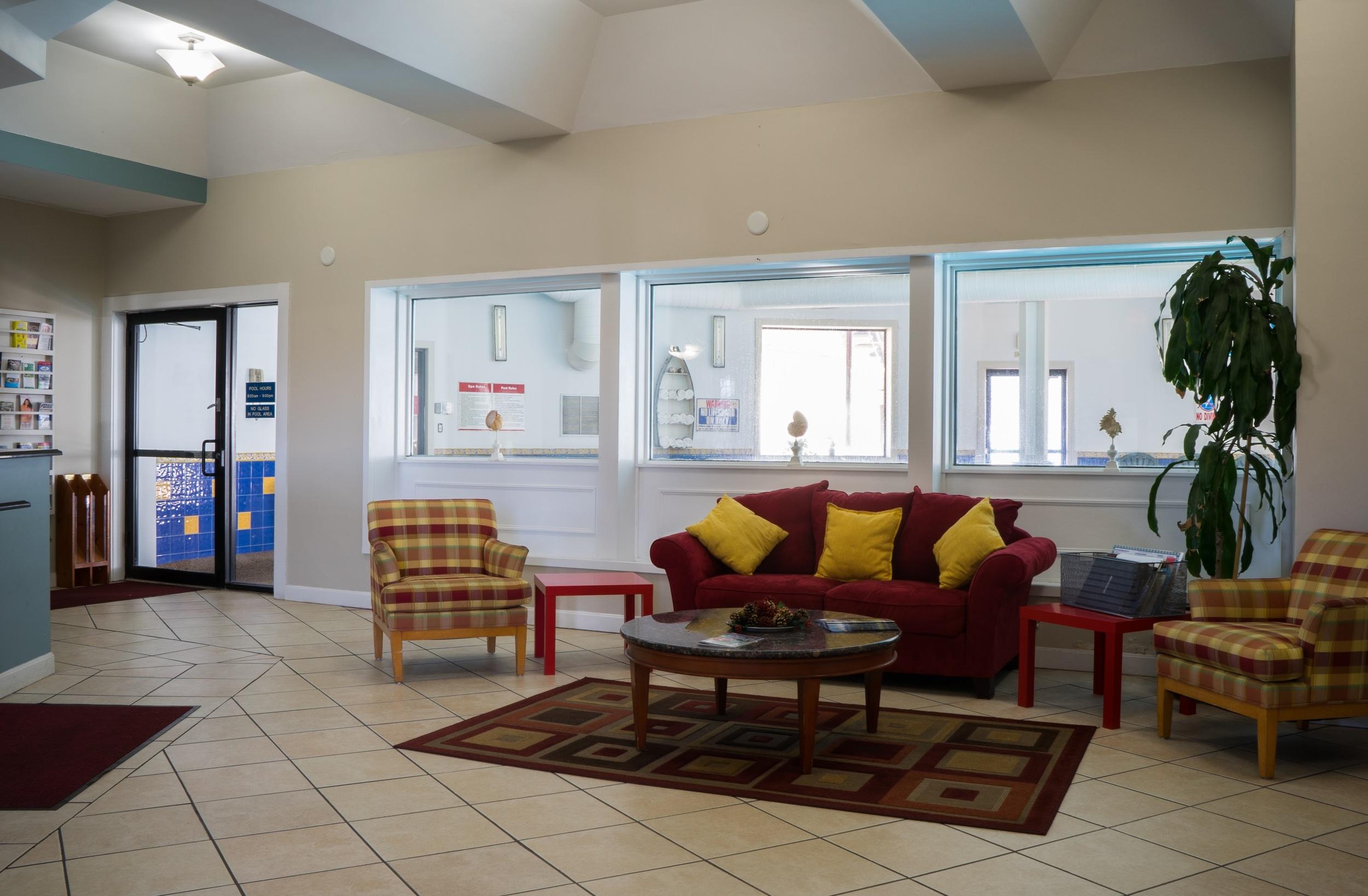 Admiralty Inn & Suites - Lobby Area-2