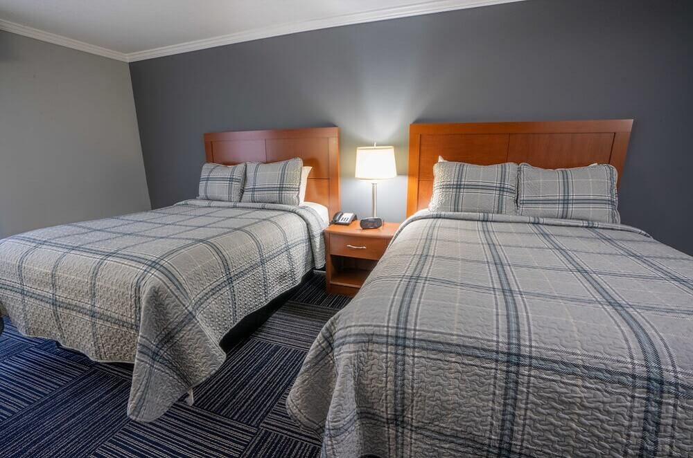 All Seasons Resort Cape Cod - Double Beds Room-1