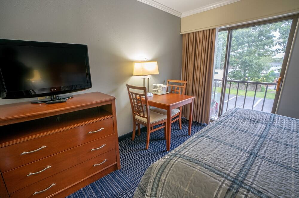 All Seasons Resort Cape Cod - Double Beds Room-3