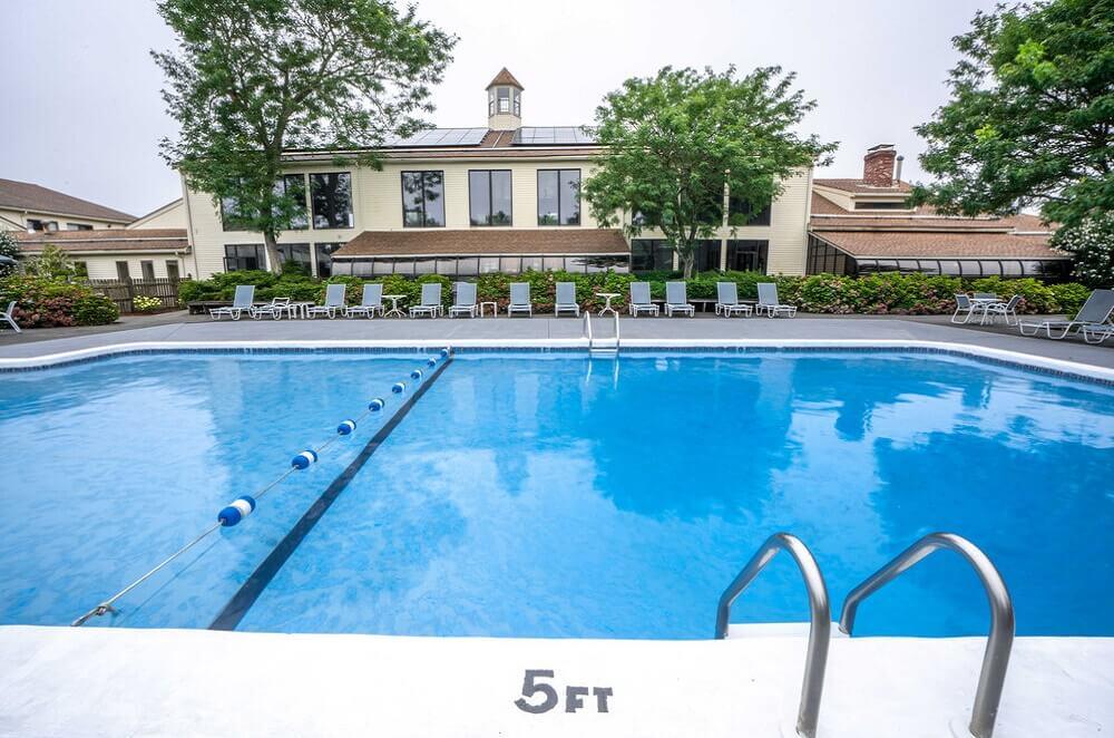 All Seasons Resort Cape Cod - Outdoor Pool