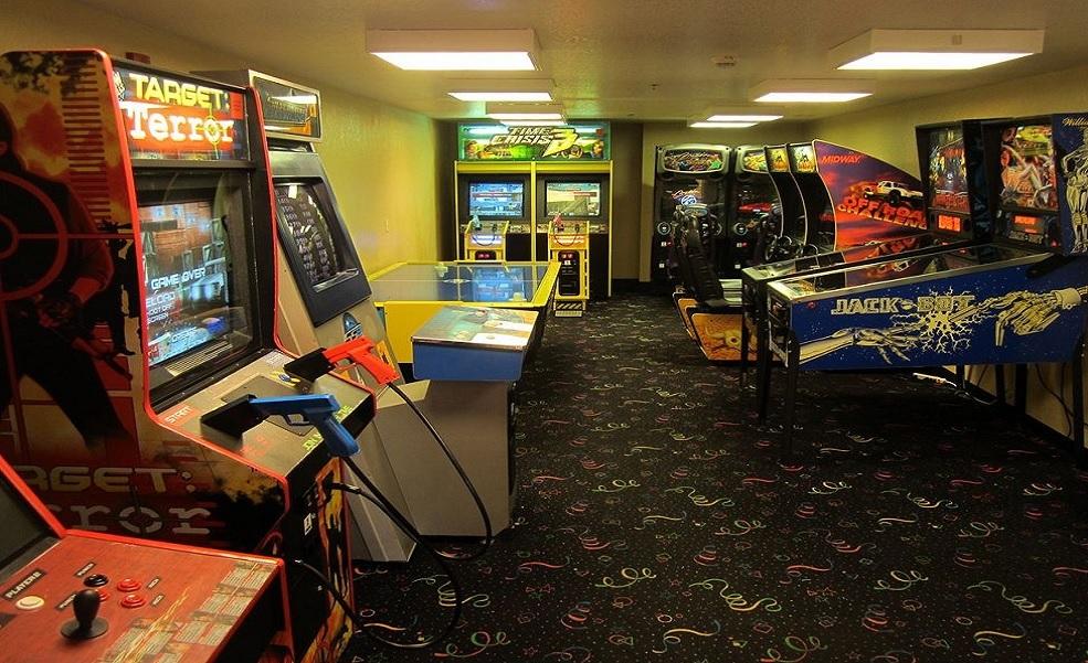 Allure Resort Orlando - Gaming Area