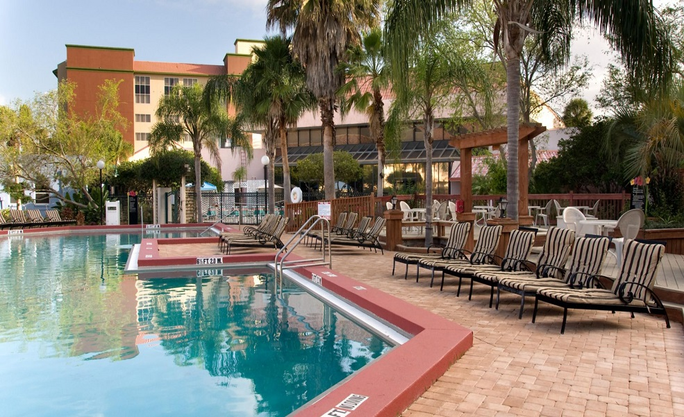 Allure Resort Orlando - Outdoor Pool-2