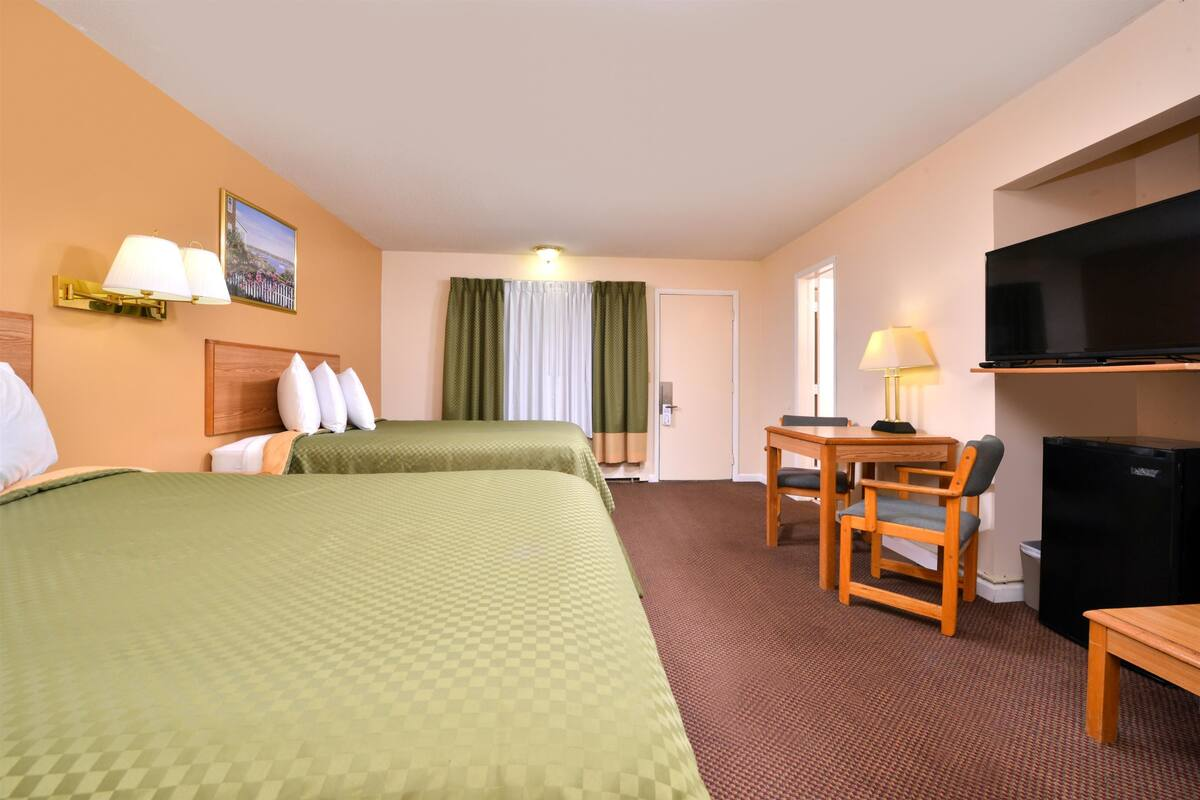 Americas Best Value Inn Jonesville - 2 Queen Beds Room-2