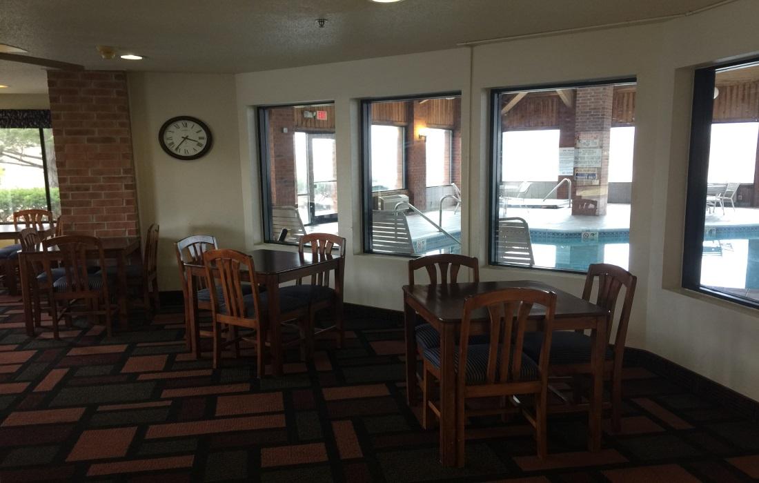 Amerihost Inn & Suites - Lobby-3