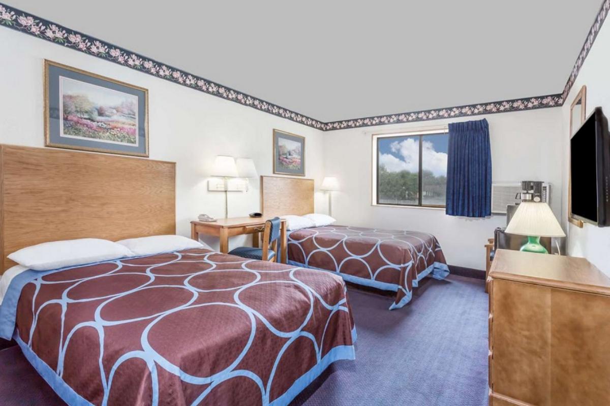 Best Inn Petersburg - Double Beds-1