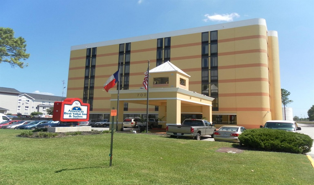 Americas Best Value Inn & Suites - Exterior-1