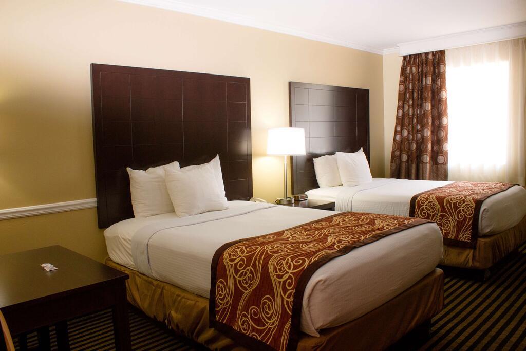 Best Western Mckenzie - Double Beds Room -4
