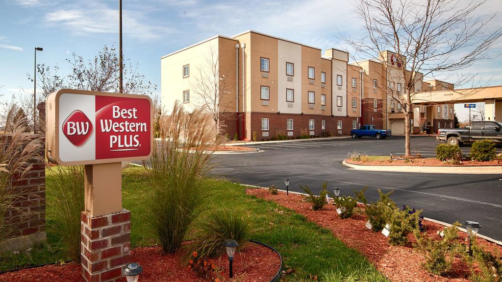 Best Western Plus Crawfordsville - City View