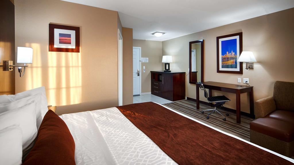 Best Western Plus Crawfordsville - Single Bed