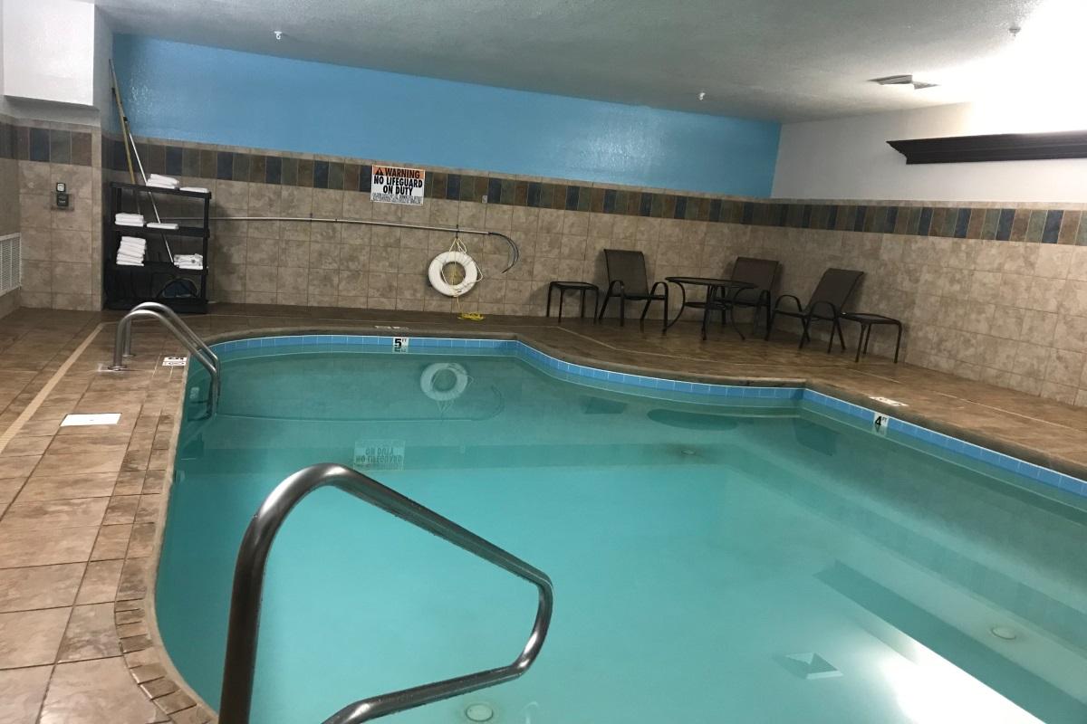 Brookstone Lodge Asheville - Indoor Pool