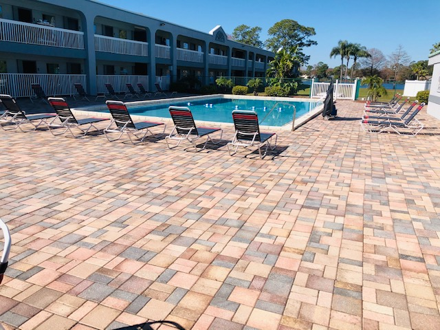 Budget Inn Sanford - Pool-2