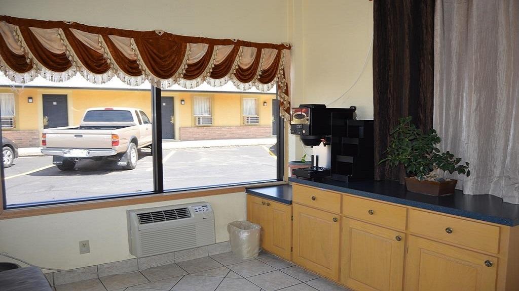 Budget Inn El Reno - Lobby-2