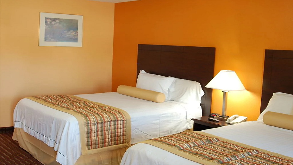 Budgetel Inn South Glens Falls - Double Beds