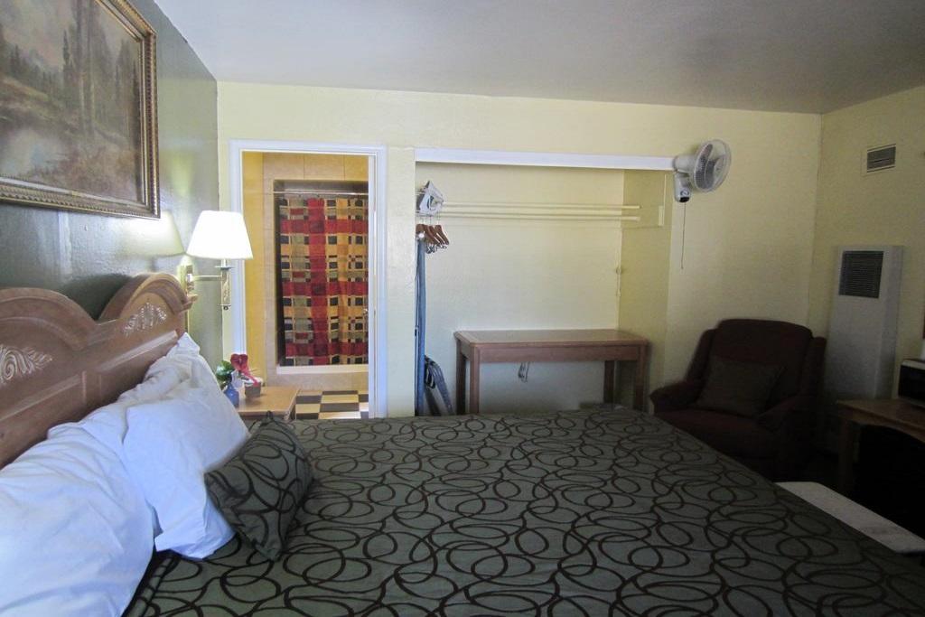 Budget Inn Lake Tahoe - Single Bed-2
