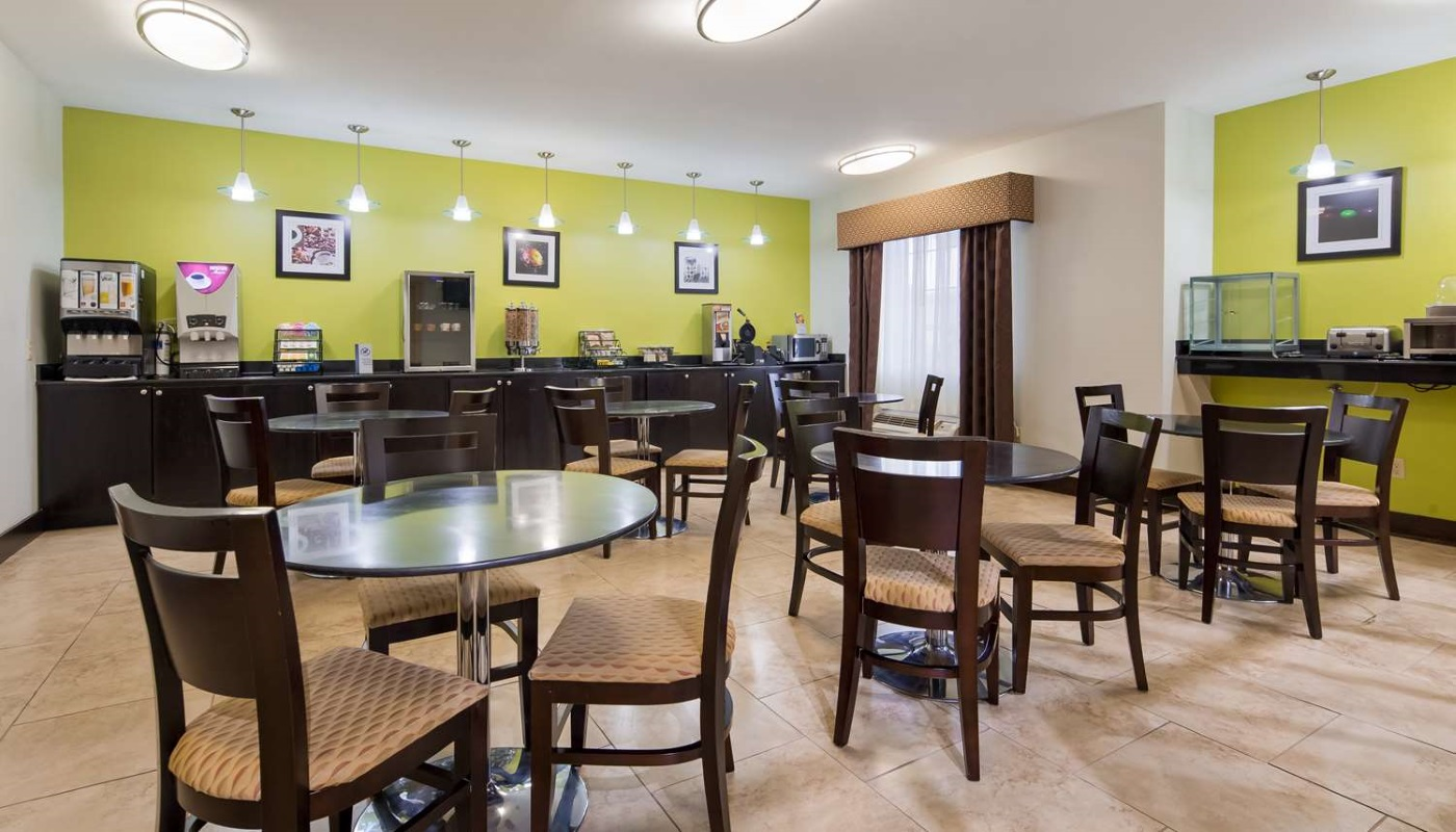 Best Western Plus DeRidder Inn & Suites - Breakfast Area-2