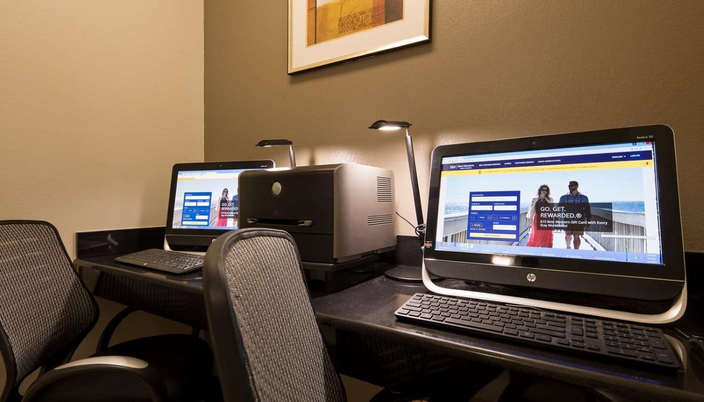 Best Western Plus DeRidder Inn & Suites - Business Center
