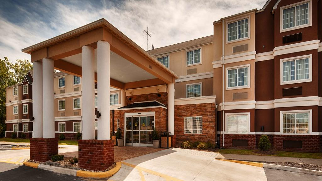 Best Western Plus Elizabeth City - Entrance