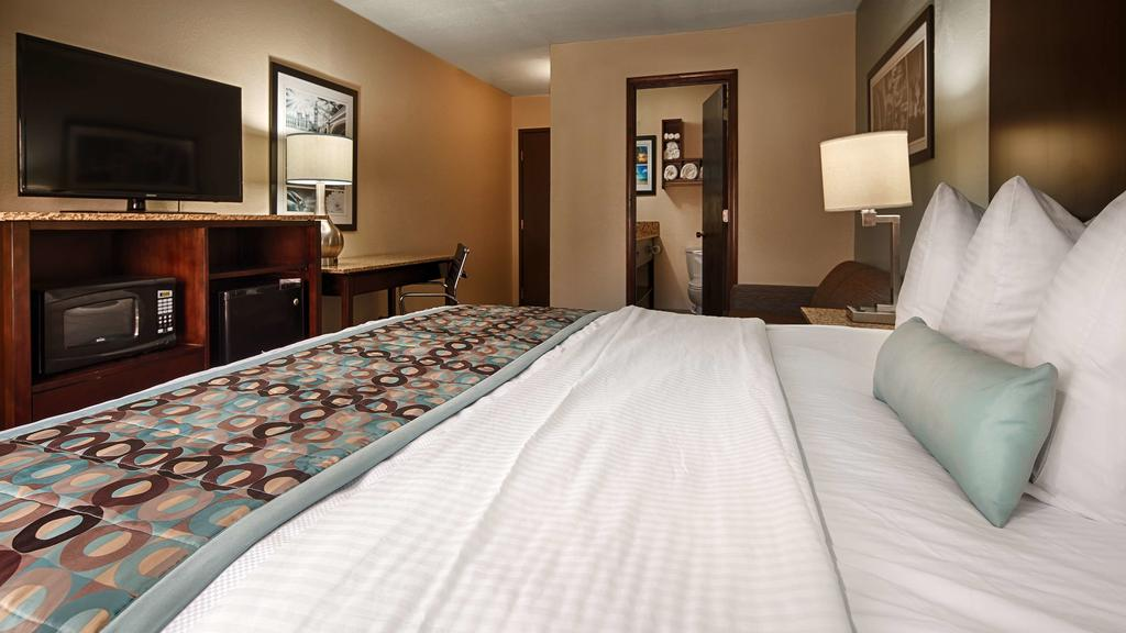 Best Western Plus Elizabeth City - Single Bed Room