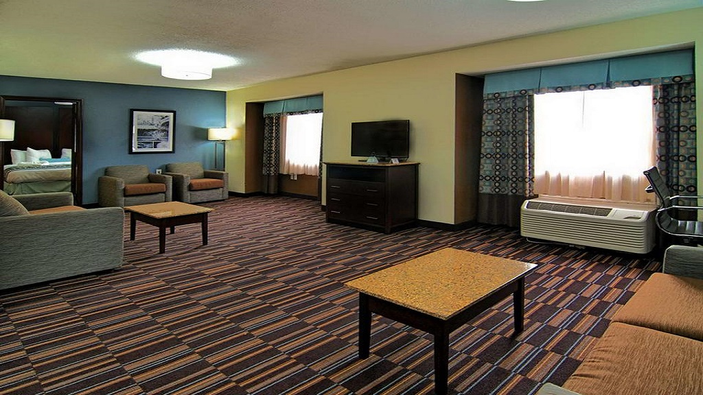 Best Western Plus Elizabeth City - Lobby1