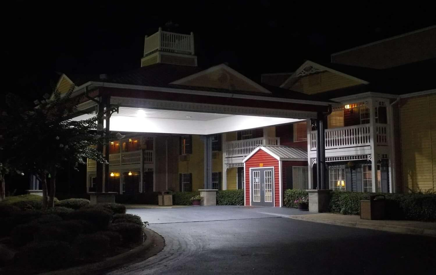 SureStay Hotel By Best Western - Exterior Night