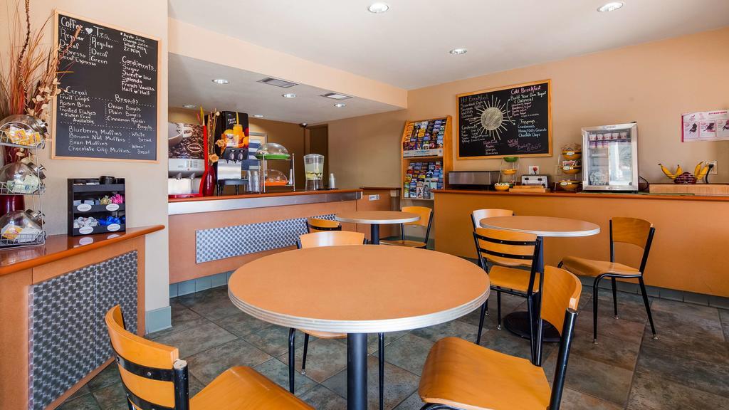 Cajon Pass Inn - Breakfast Area-1
