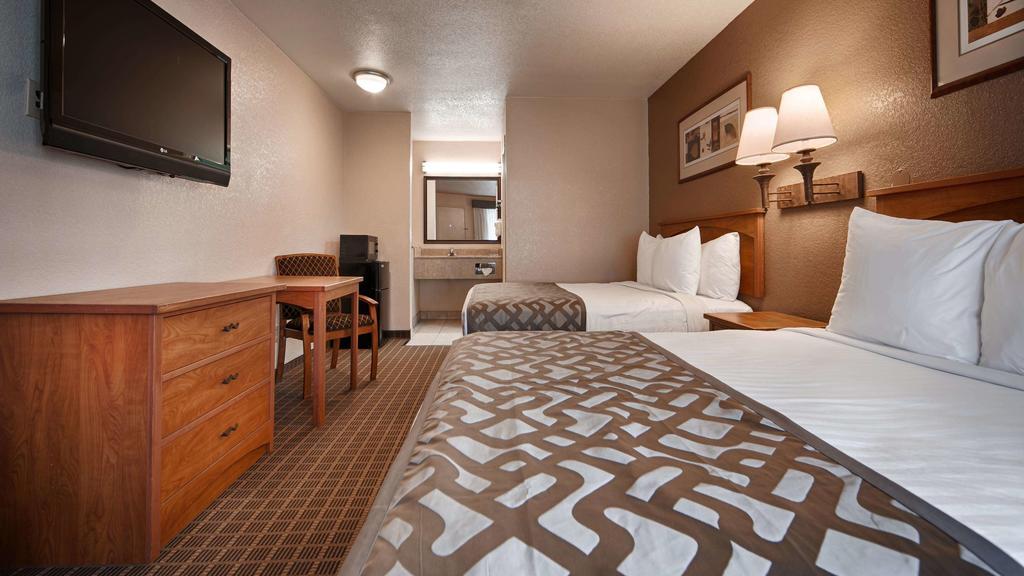 Cajon Pass Inn - Double Beds Room-1