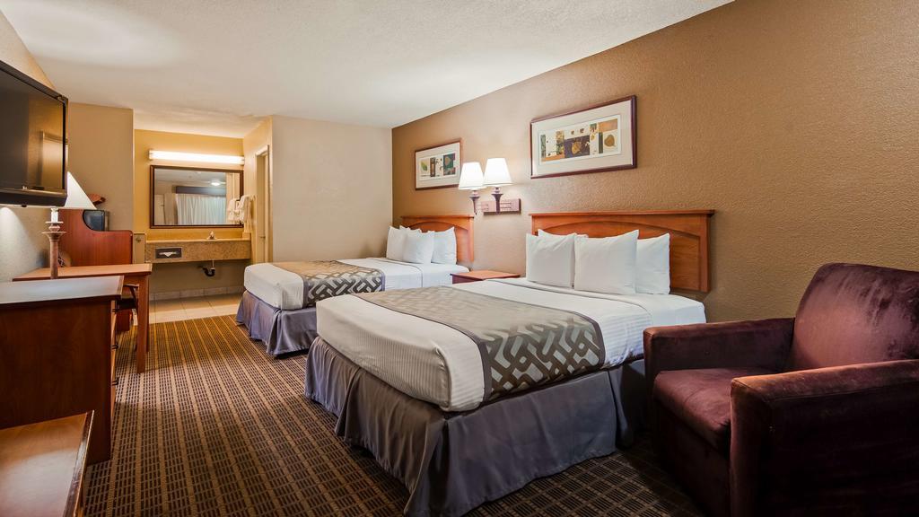 Cajon Pass Inn - Double Beds Room-2