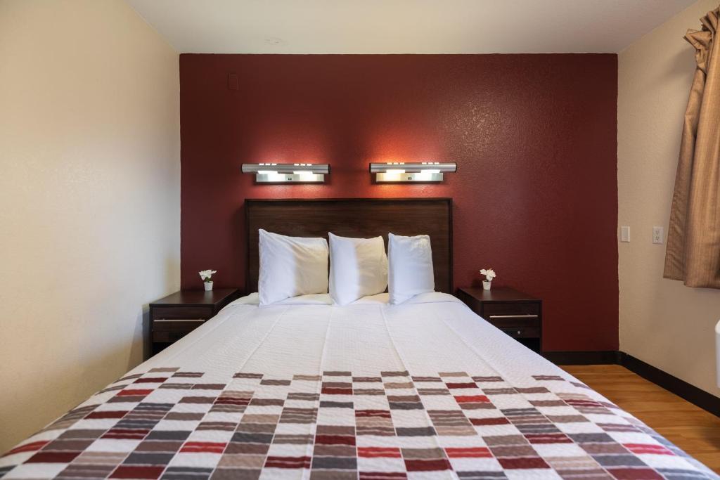 California Inn & Suites Rancho Cordova - Single Bed Room-2