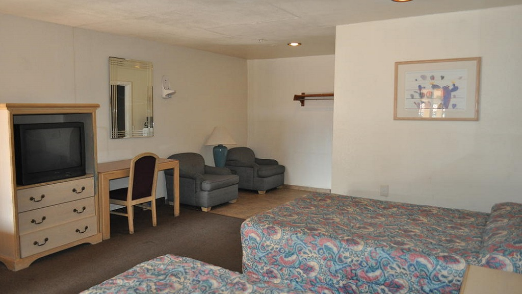 California Suites Motel - Double Beds