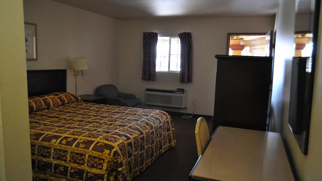 California Suites Motel - Single Bed Room1