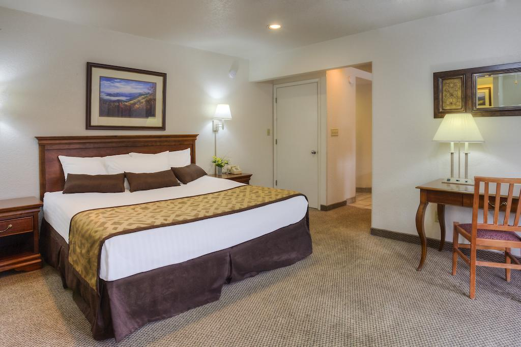 Chalet Inn Gatlinburg - Single Bed-1