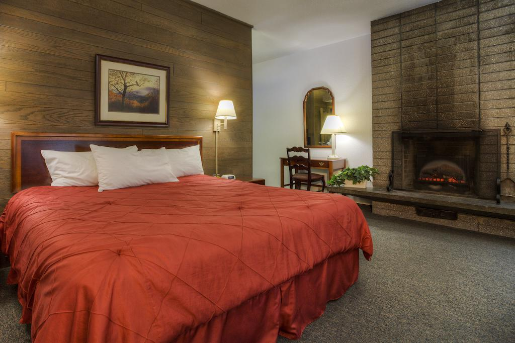 Chalet Inn Gatlinburg - Single Bed-4