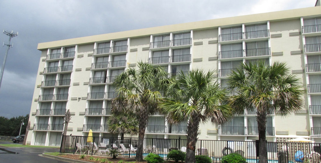 Charleston Grand Hotel - Exterior-4