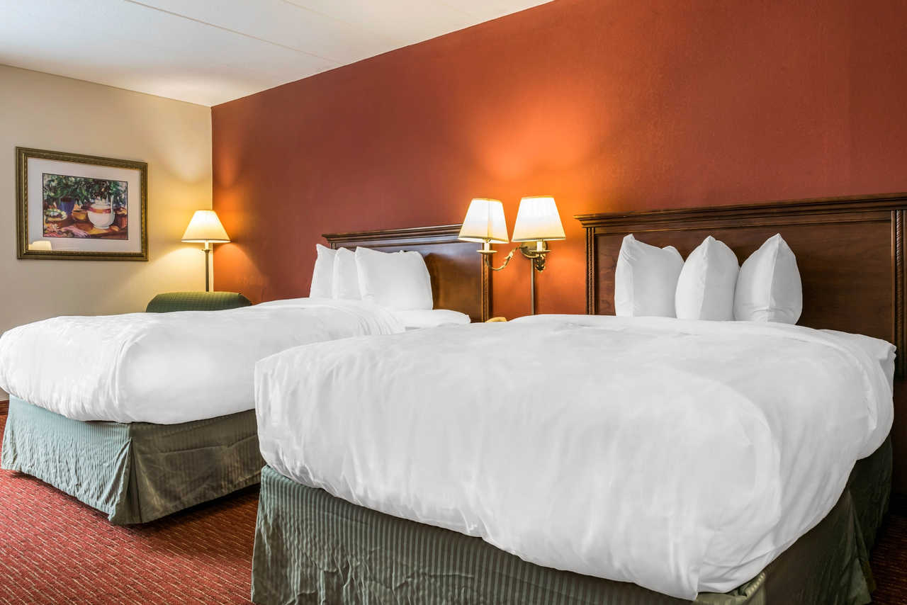 Clarion Hotel Indianapolis Airport - Double Beds-1