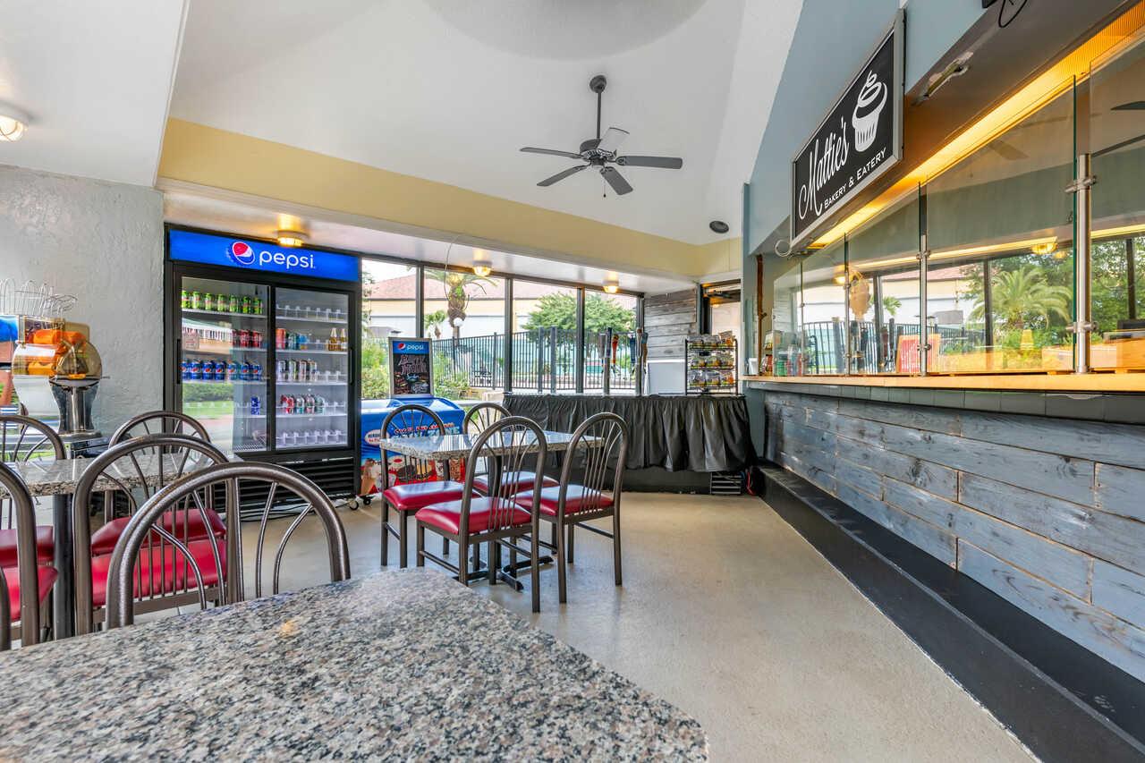 Clarion Inn International Drive - Breakfast Area-2